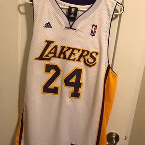 Laker 24 Bryant jersey